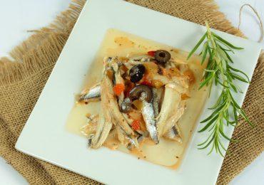 Filet d'anchois mariné à l'ail