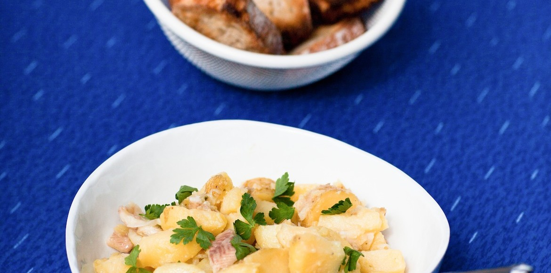 Salade de pomme de terre à la de truite fumée